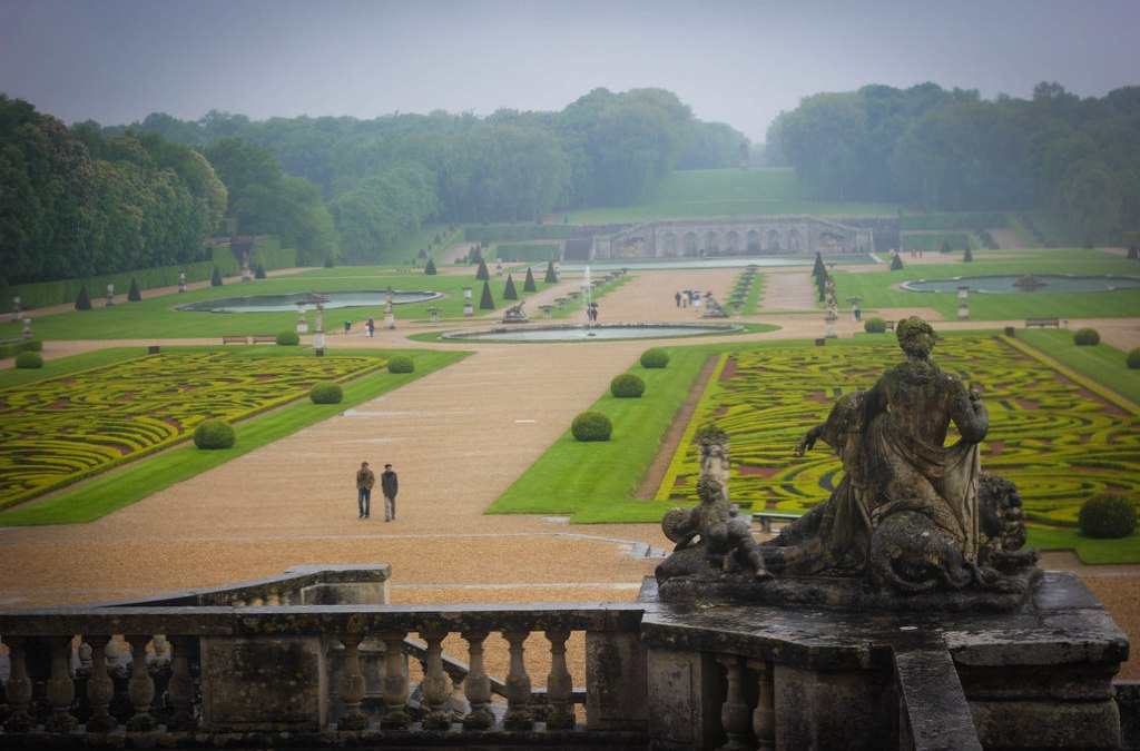 An Hour from Paris: the Beautiful and Tragic Château de Vaux le Vicomte