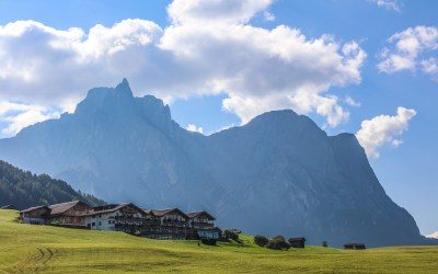 Tips for Safely Hiking the Dolomites (Without a Guide!)