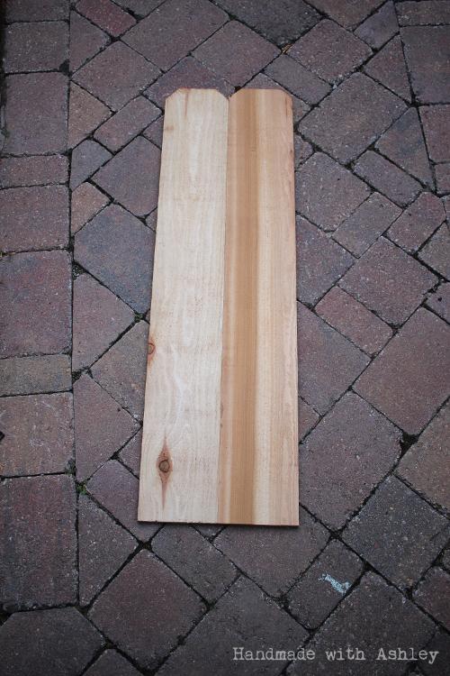Edge to edge joint of the cedar halves