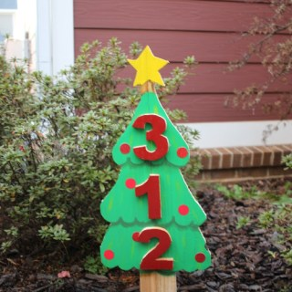 DIY Christmas Tree Address Sign (Scrap Wood Challenge)