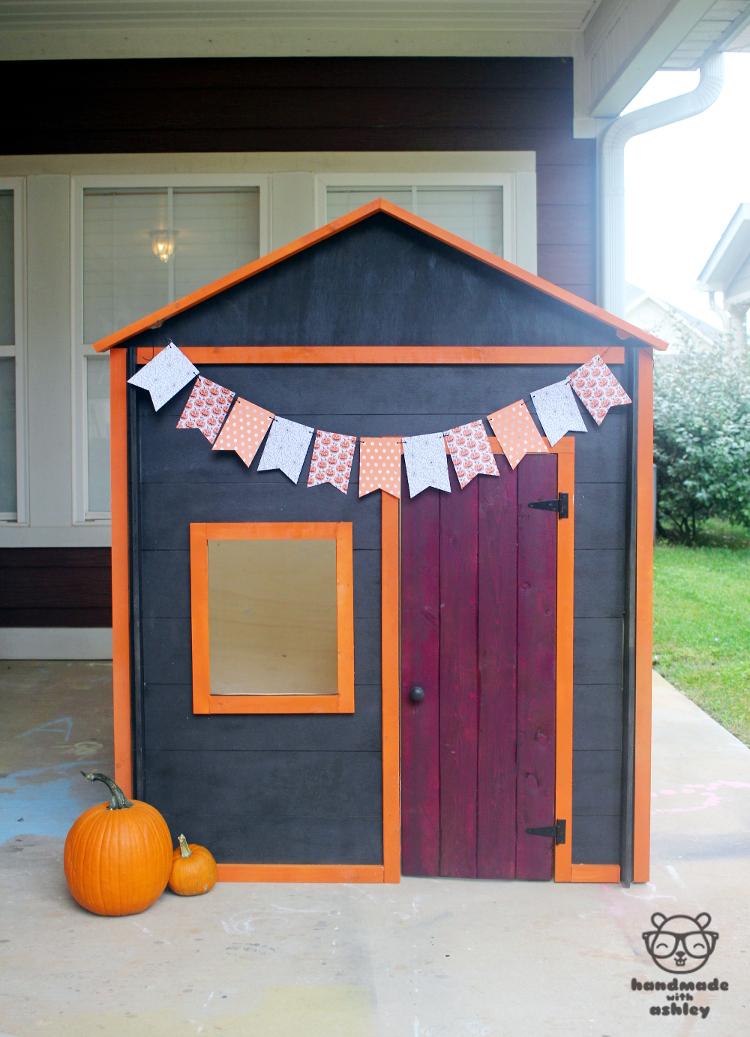 Kids knock-down playhouse