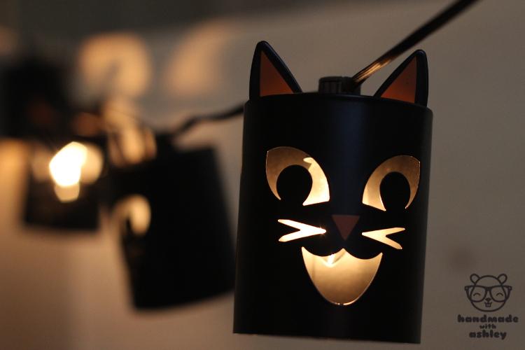 Creepy cute black cat string lights