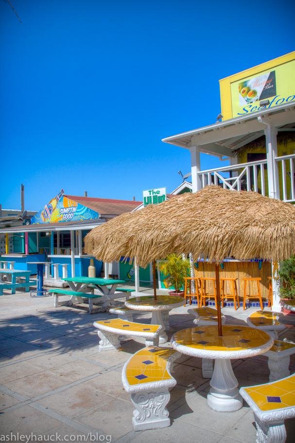 Nassau bahamas beaches boats and brews for Fish fry bahamas