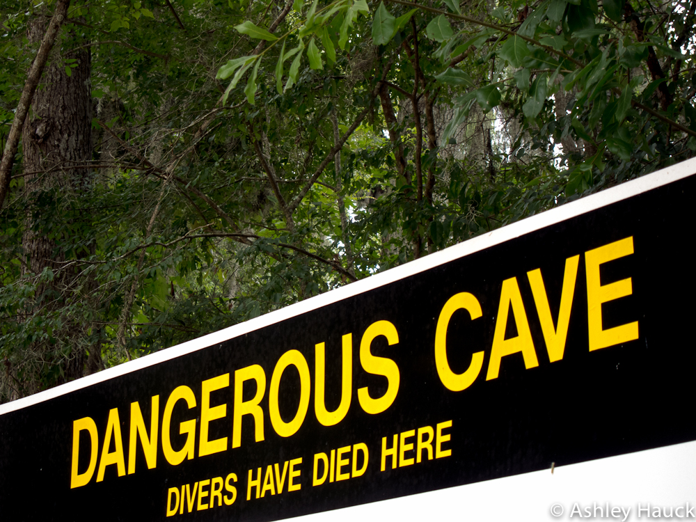 Cave diving sign at Ginnie Springs