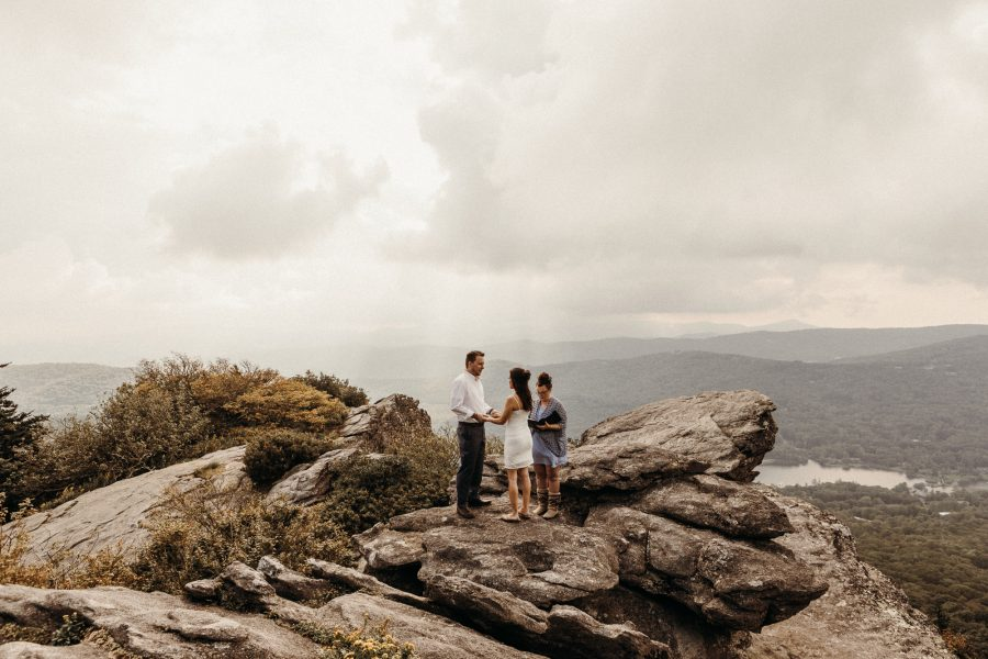 Destination-Elopements-Moutain-Elopement