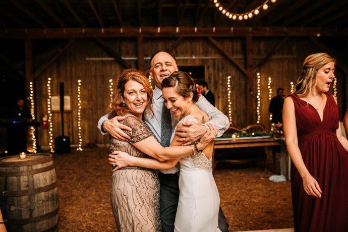 Rustic-Outdoor-Wedding-Reception