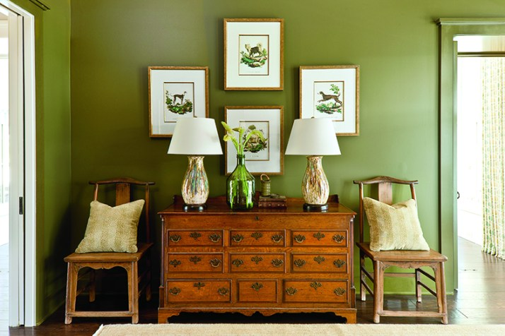 Interior Decoration by Phoebe Howard, Photo by Laurey W. Glenn via Southern Living