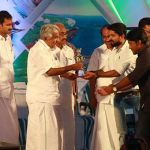 Kerala Government Honours Top 6 Startups of 2015-2016