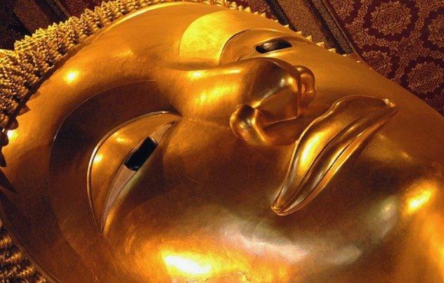Buddha disteso del Wat Phi, Bangkok, Thailandia