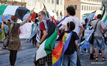 Bandiera della pace. Foto Alessio Fratticcioli