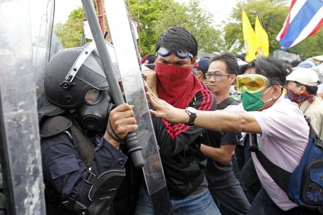Manifestazione Thailandia Bangkok 25 Novembre 2012 Asia