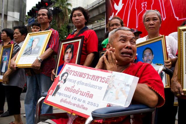 thailandia manifestazione camicie rosse 19 maggio 2013