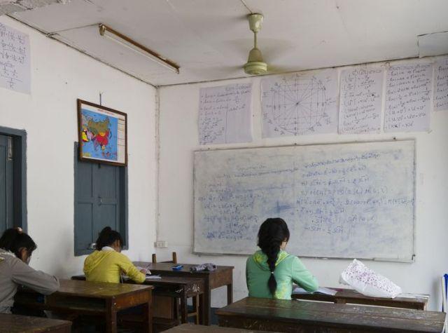 Scuola classe Asia Laos