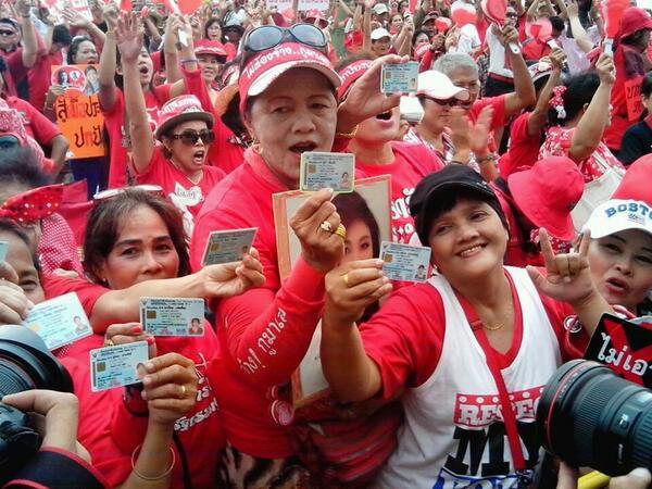 camicie rosse thailandia manifestazione protesta
