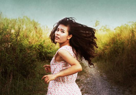 Run,Girl! © Dy Duyen