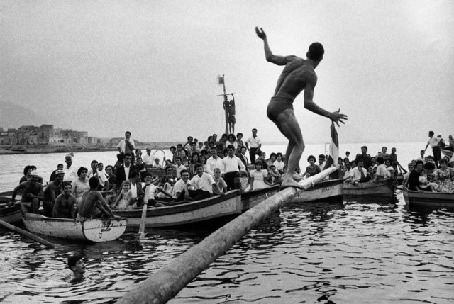 Festa dell'Assunta, Aspra (Bagheria), 1964 - foto Ferdinando Scianna
