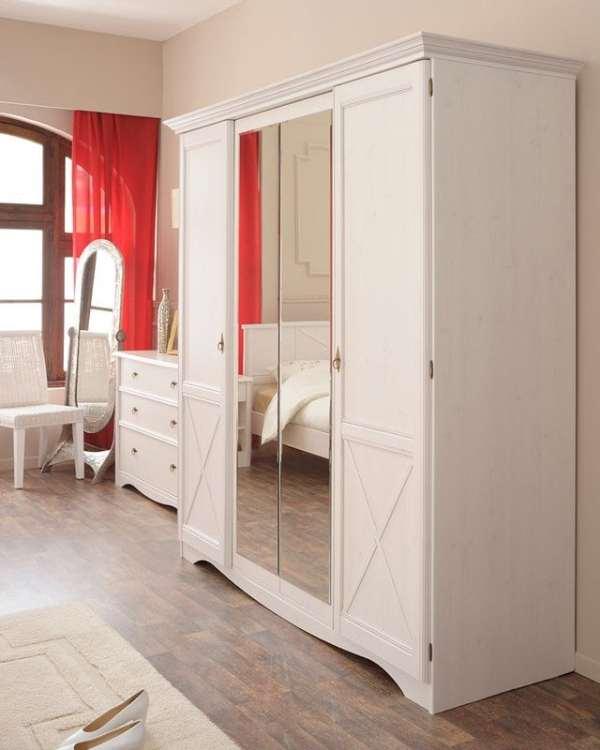 Lemari Pakaian Minimalis Pintu Warna Putih