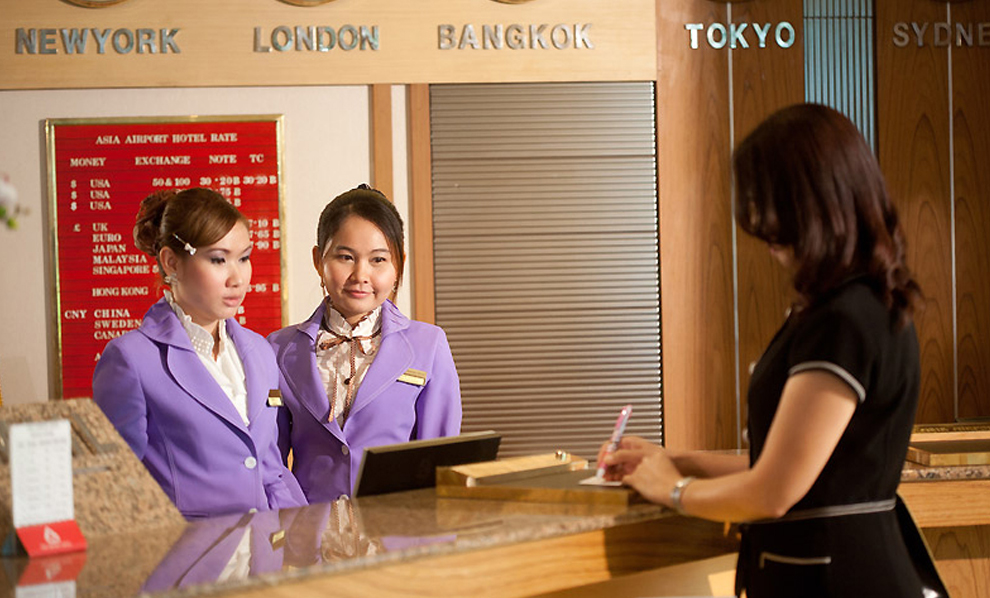 Asia Airport Hotel : Reception