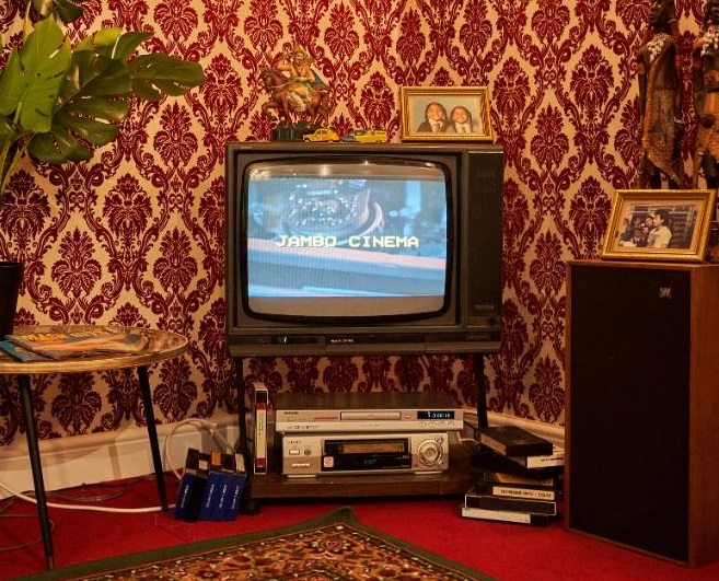 Step Back In Time Into The Asian Living Room Of The Eighties Asian Image