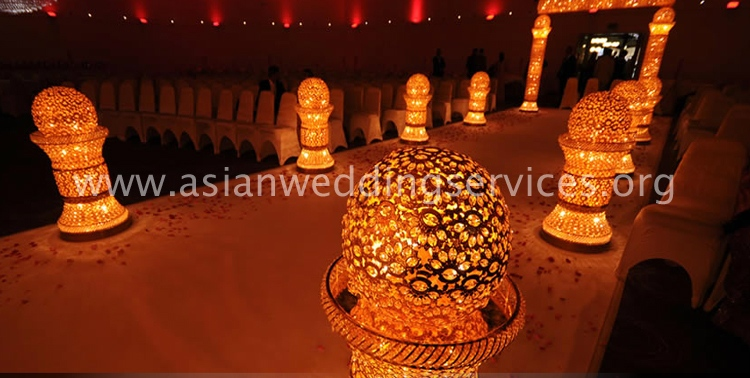https://i1.wp.com/www.asianweddingservices.org/wp-content/uploads/2017/05/Royal-Golden-Walkway.jpg?w=1200