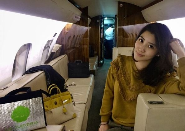 Malaysian Billionaires Daughter Gets Attention For Jet