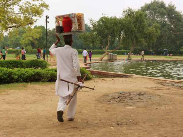 A local street vendor applying his trade. Image: Fiona McKay