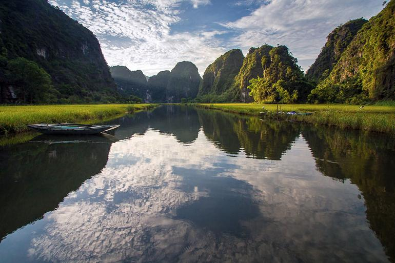 Tam Coc is in the running as one of the most beautiful areas of Vietnam. Can you see why? @Hoang Giang Hai