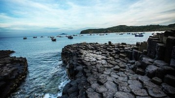 Ghenh Da Dia – A symbol of Phu Yen's tourism