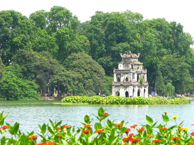 10-places-to-visit-in-Hanoi1