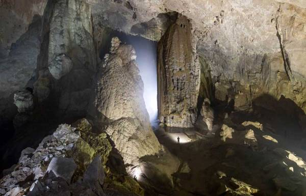 Mo Luong Cave - Mai Chau - Hoa Binh - Vietnam