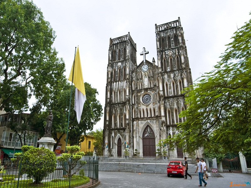 Saint-Joseph-Cathedral-in-Hanoi3
