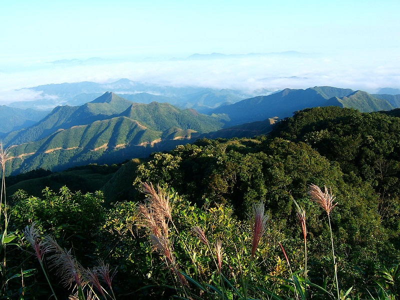 Mau-Son-mountain–Ideal-destination-for-a-short-break-out-of-bustle-life1