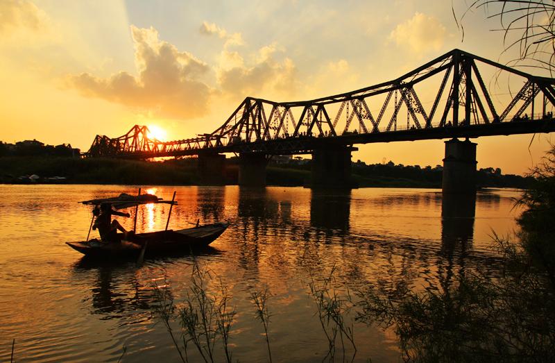 Having an economical Hanoi tour with some free Hanoi activities 2