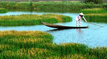 Why should Australian tourists make Mekong Delta tours once?