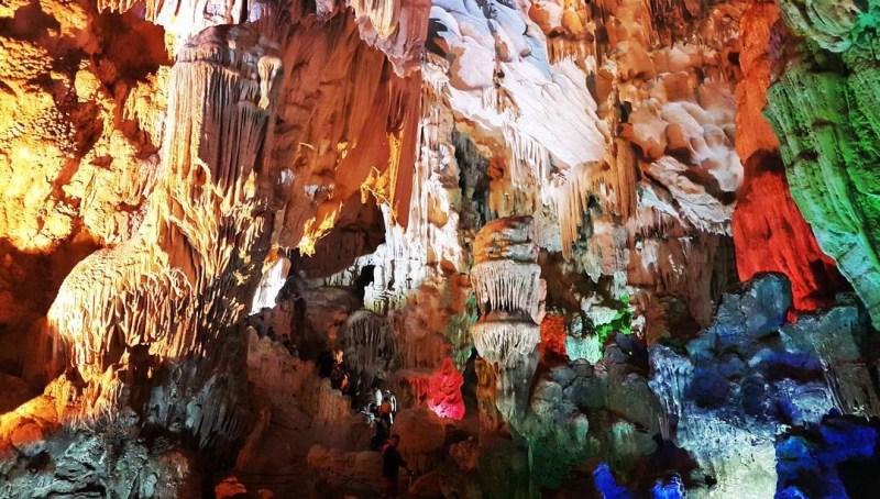 Explore Thien Cung Ha Long Cave - Mysterious Paradise underground
