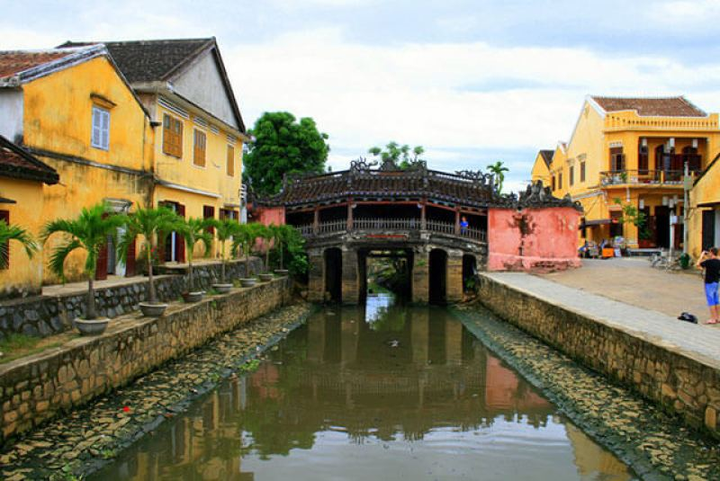 Bridge Pagoda symbol of Hoi An tourism