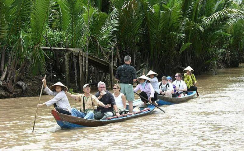 Mekong Delta tours to experience the life and people here