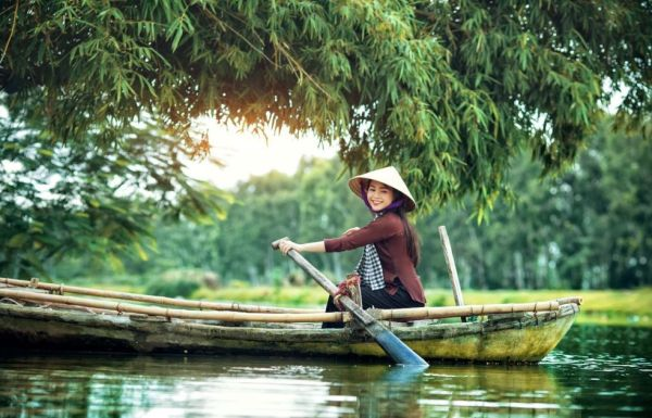 The wonderful beauty of the floating water season through the three famous western destinations of Vietnam - Asia Tour Advisor