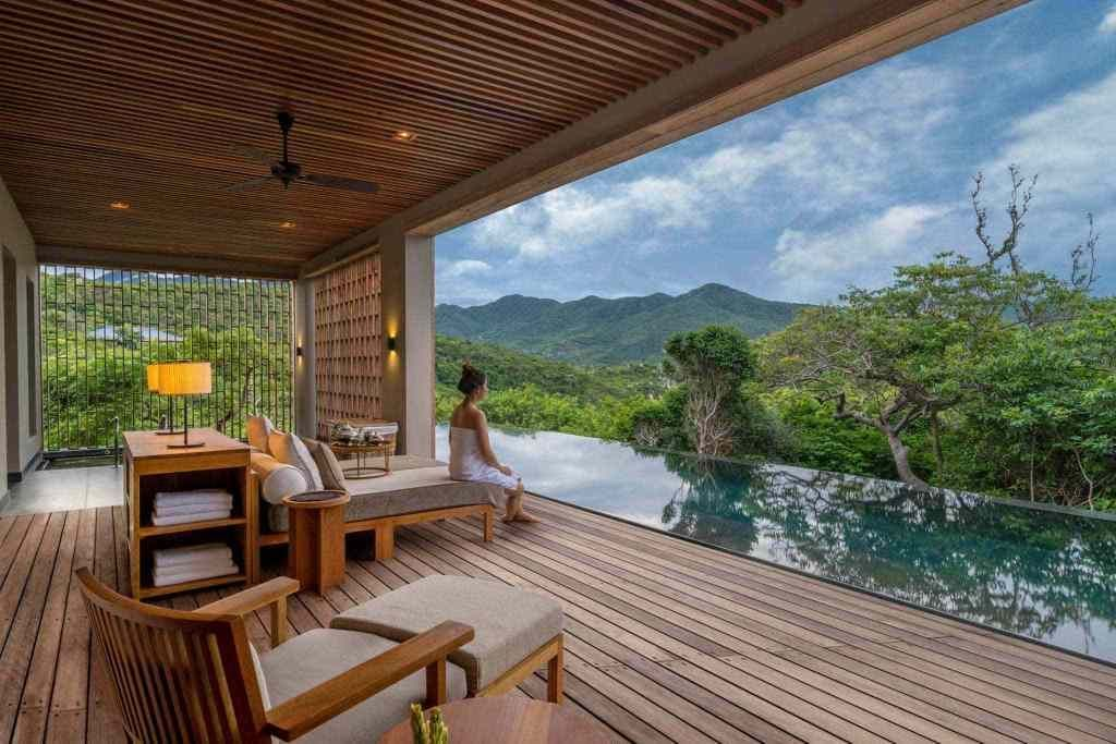 10 resorts have the best view in Vietnam 17