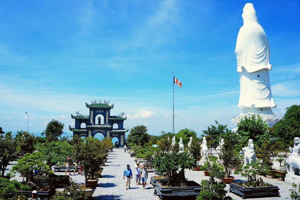 Contemplate the 3 most beautiful peninsulas of Vietnam 2