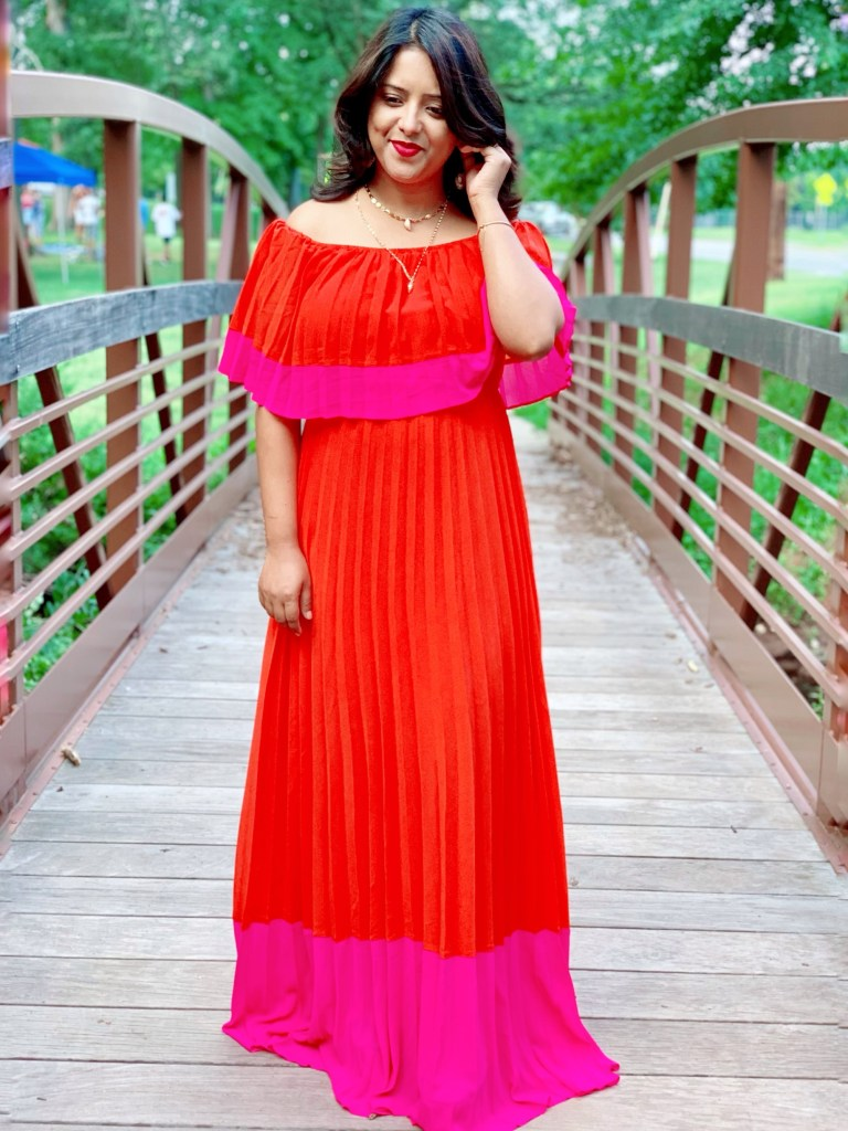Occasion to wear a pleated maxi dress