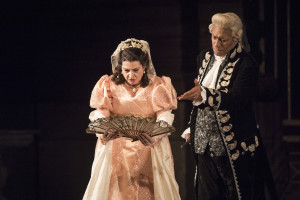 wno_tosca_-_claire_rutter_tosca_and_mark_s_doss_scarpia_-_photo_credit_richard_hubert_smith_5165