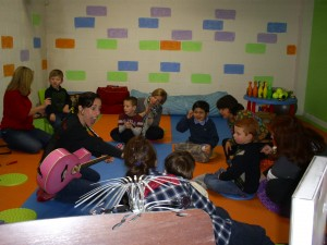Kids of Jammin Jenn's Music Therapy