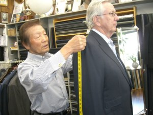 Richard Lim measuring andy
