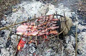 wood grill primitive