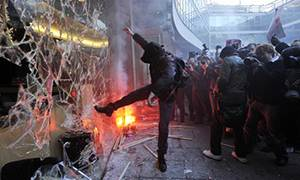 protester-riot-unrest