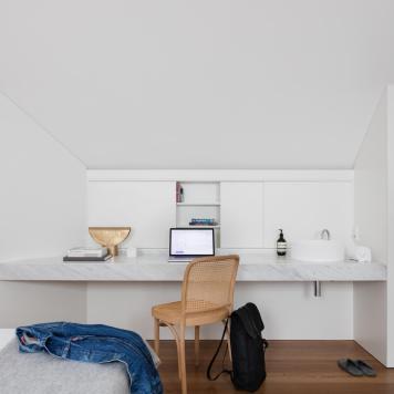 est-living-brad-swartz-loft-house-6