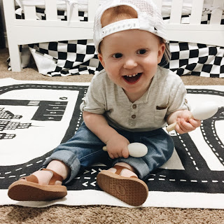 6-12mo toys: Life in Motion