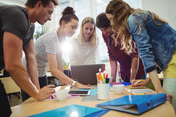 2021 में Network Marketing का भविष्य क्या है? | What is the future of network marketing in Hindi
