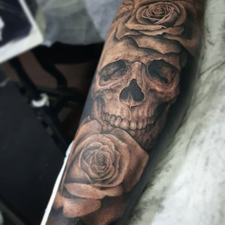 b249fe27b skull with flower tattoos | Kayaflower.co
